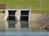 01. Közúti híd – zsilip, a gát mellett